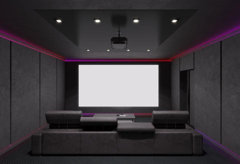 ホームシアタースクリーンの必要性!自作や白壁での代用はできるの?